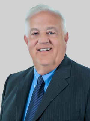 Tom E. Lund